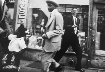 William-Klein-Moves-Harlem